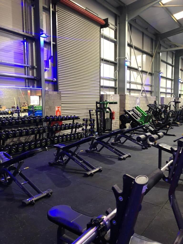 large weights area